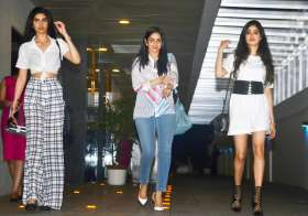 Sridevi was spotted with her two gorgeous and stunning- India Tv