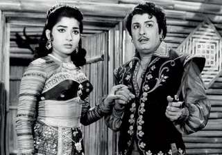 Jayalalithaa and MGR featured in 27 movies. The superstar called the young girl 'Ammu' and promised mother Sandhya to always look after her. It was MGR who founded All India Anna Dravida Munnetra Kazhagam AIADMK and introduced Jayalailthaa to politics.