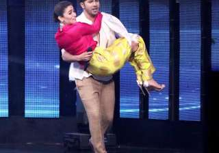 At one point, Varun also carried his