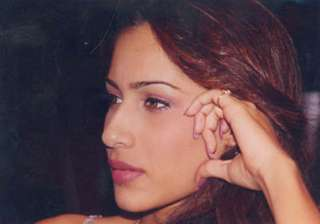 Nafisa Joseph The MTV VJ and a beautiful model Nafisa Joseph gave her life after marriage to businessman Gautam Khanduja was called off. She was just 26 years old when she hanged herself to death. Nafisa was a winner of Miss India Universe 1997 and a semi-finalist of Miss Universe 1997 pageant in Miami.