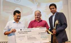 Kejriwal and Sisodia with P Gopichand- India Tv