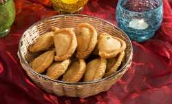 Diwali Deepavali 2017 : Make gujiyas guilt-free this season