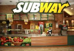 Subway will open 100 new outlets in the coming year