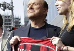 Silvio Berlusconi sells AC Milan to Chinese-backed