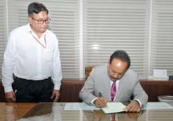 Harsh Vardhan taking charge as Minister of Environment,