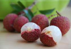 lychee deaths banned pesticide endosulfan