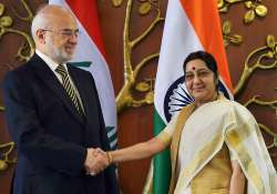 Sushma Swaraj with his Iraqi counterpart Ibrahim al-Jaafari- India Tv