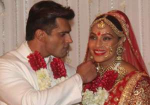 Bipasha Basu with Karan Singh Grover- India Tv