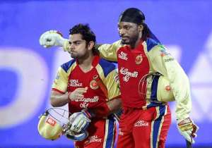 Chris Gayle and Virat Kohli