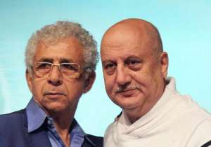 Naseeruddin Shah and Anupam Kher- India Tv