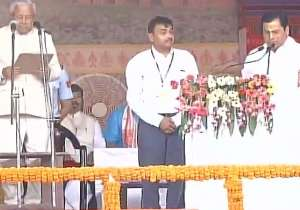 Sarbananda Sonowal being sworn in as the chief minister of Assam- India Tv
