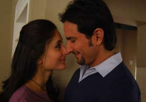 Saif doesn't want wife Kareena to sit at home- India Tv