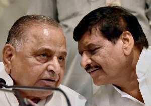 File pic - Mulayam Singh Yadav and Shivpal Yadav- India Tv