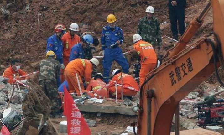 China construction site collapse