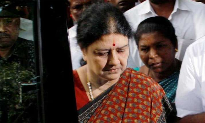 Sasikala, family to be kept away from party, Tamil Nadu