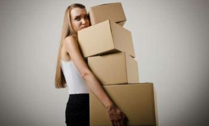 Lifting heavy loads at work can reduce a woman's fertility: