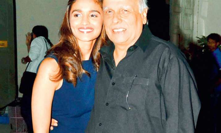 Caller threatened to harm Alia Bhatt, her mother Soni Razdan