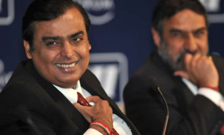 Mukesh Ambani with 100 other Indians in Forbes' World