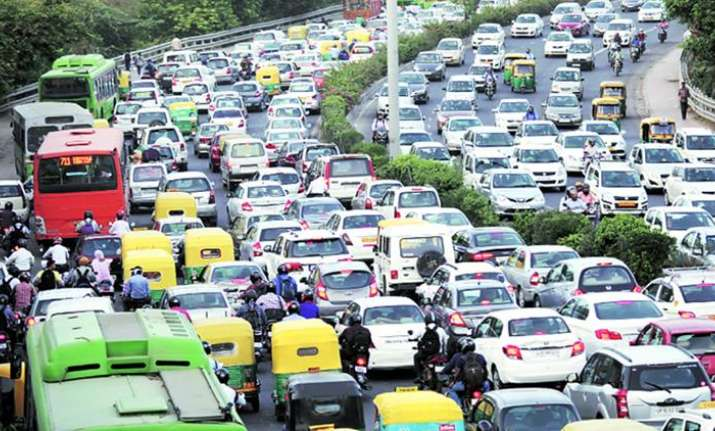 Delhi traffic situation alarming & Delhi police failed to