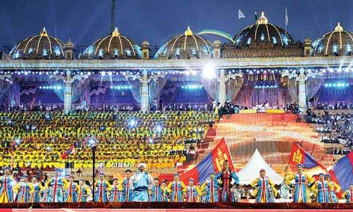 Construct park near Yamuna from amount depostied by Art of Living: NGT