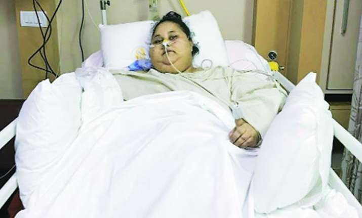 Doctors from Abu Dhabi visit Egyptian woman Eman Ahmed in