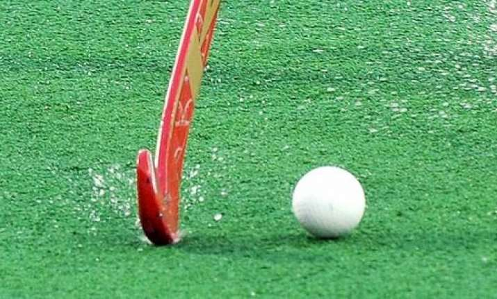 'Indo-Pak standoff will damage world hockey', says PHF