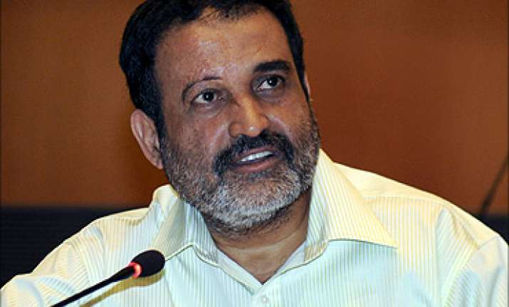Mohandas Pai said people approaching jobs will not get jobs