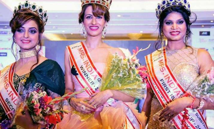 Rashmi Uppal bags 2nd runner up in Mrs India Queen