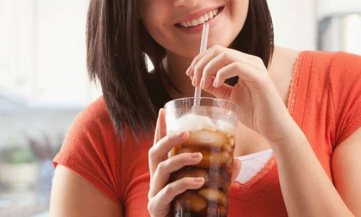 Diet drinks, soda may make you fat, says study