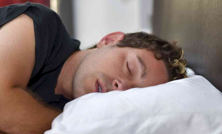 Less than 6 hours of sleep increases death risk