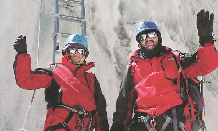 Pune police couple, who lied about climbing Mount Everest,