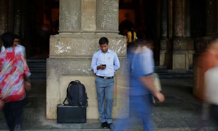 The number of Indian smartphone users is expected to reach