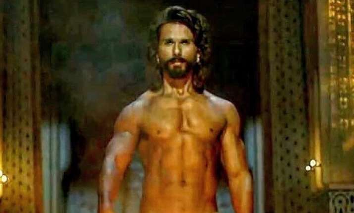 Shahid Kapoor's Padmavati look gets trolled