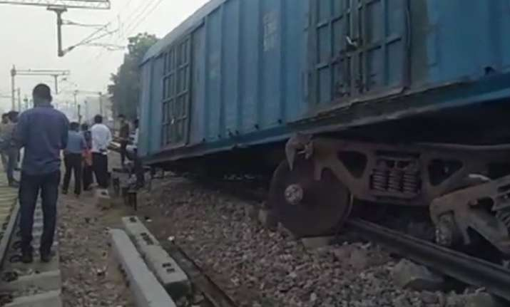 Three coaches of goods train derail near Mathura