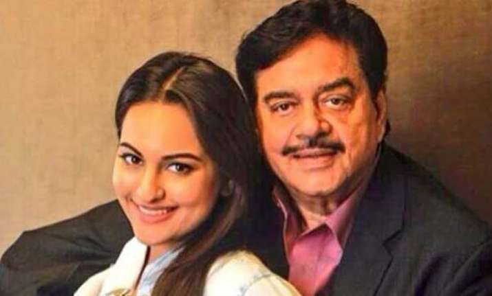 Sonakshi Sinha with father