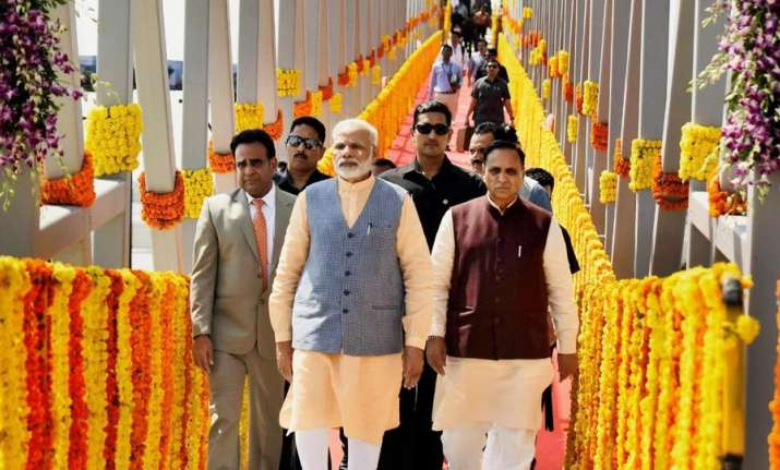 PM Modi with Vijay Rupani
