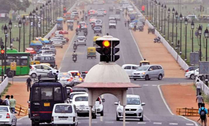Air quality in Delhi-NCR improves to 'very poor' as wind