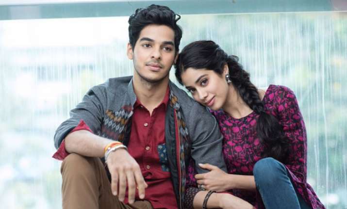 First photos from sets of Dhadak out!