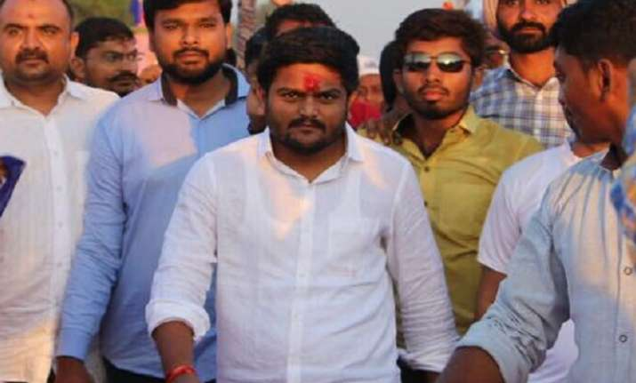Hardik holds roadshow in Ahmedabad, attacks PM on Pak hand