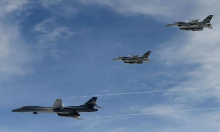 US B-1B Lancer flies over South Korea during a joint