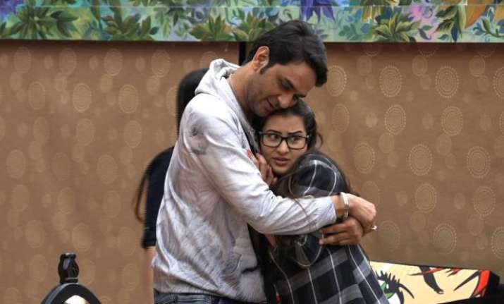 Shilpa Shinde Dances To Make Vikas Gupta,The New Captain