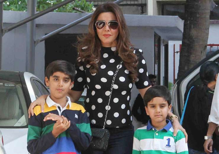 Kahkashan Patel with her sons. - India Tv