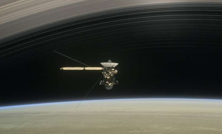 Spacecraft's final mission is crash course with Saturn
