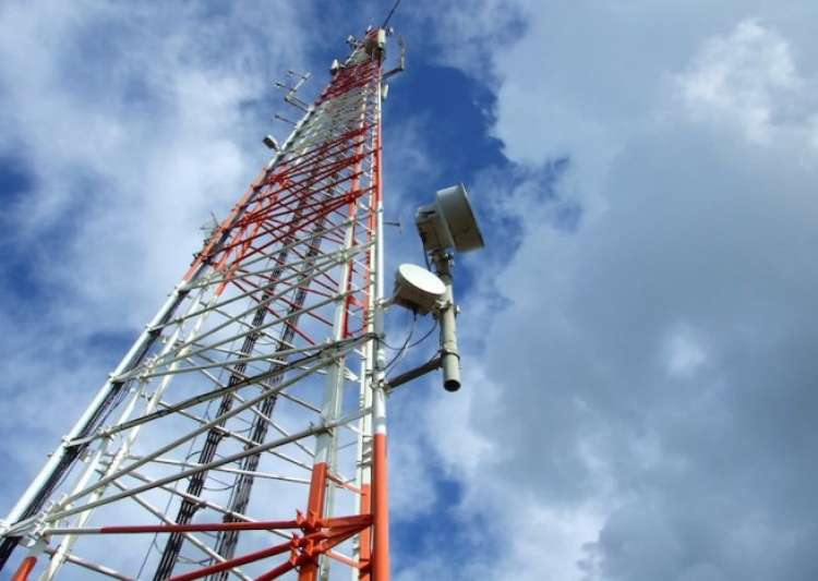Telcos slapped over Rs 10 crore for violating radiation- India Tv