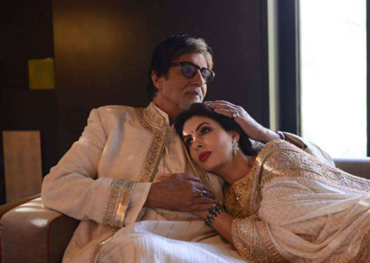 Shweta Bachchan explains why Big B is 'cool' at 74- India Tv