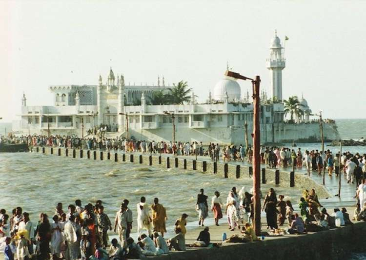 File pic of Haji Ali Dargah - India Tv