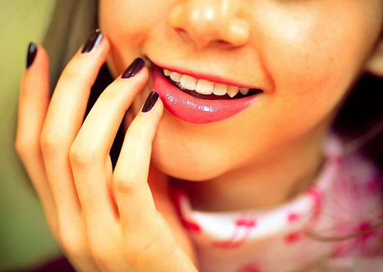 Winter Special: 6 tips to get soft, kissable lips