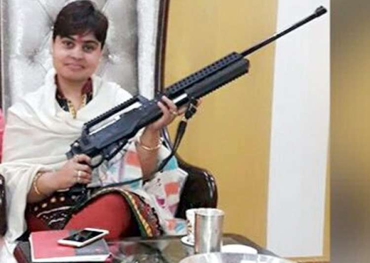 'Godwoman' Sadhvi goes on shooting spree at wedding,