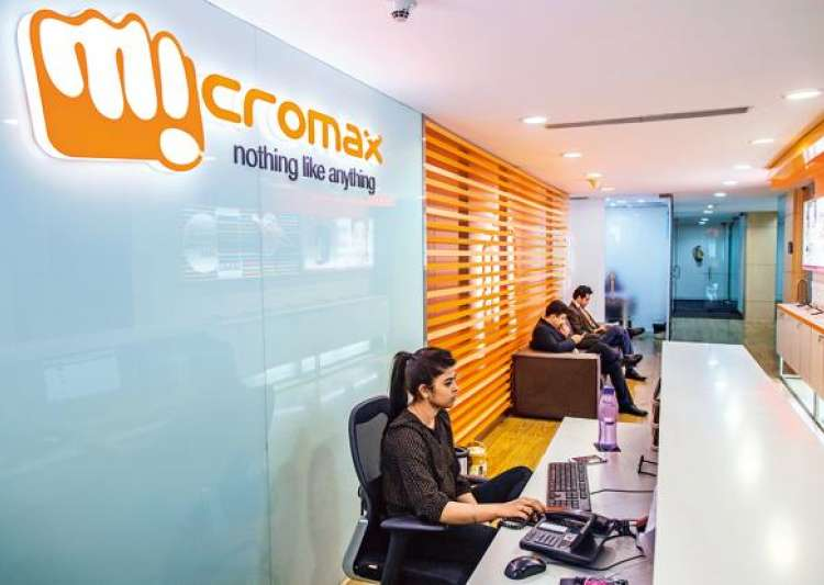 Micromax, Oyo Rooms, Hotel