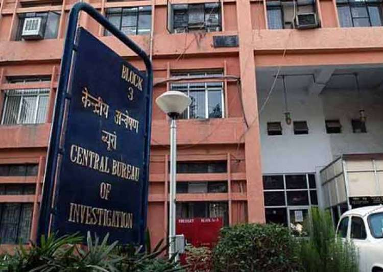 Former ED joint director J P Singh in CBI net for accepting
